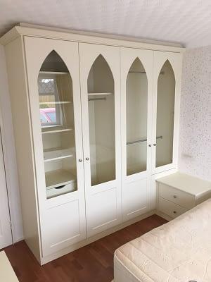 Cream traditional design